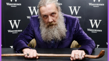 Alan Moore Advocates Self-Publishing