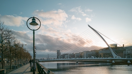 THE INTERNATIONAL DUBLIN WRITERS' FESTIVAL PUT BACK TO SEPTEMBER